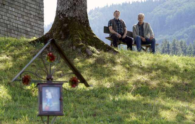 Schwesternliebe Daheim In Den Bergen